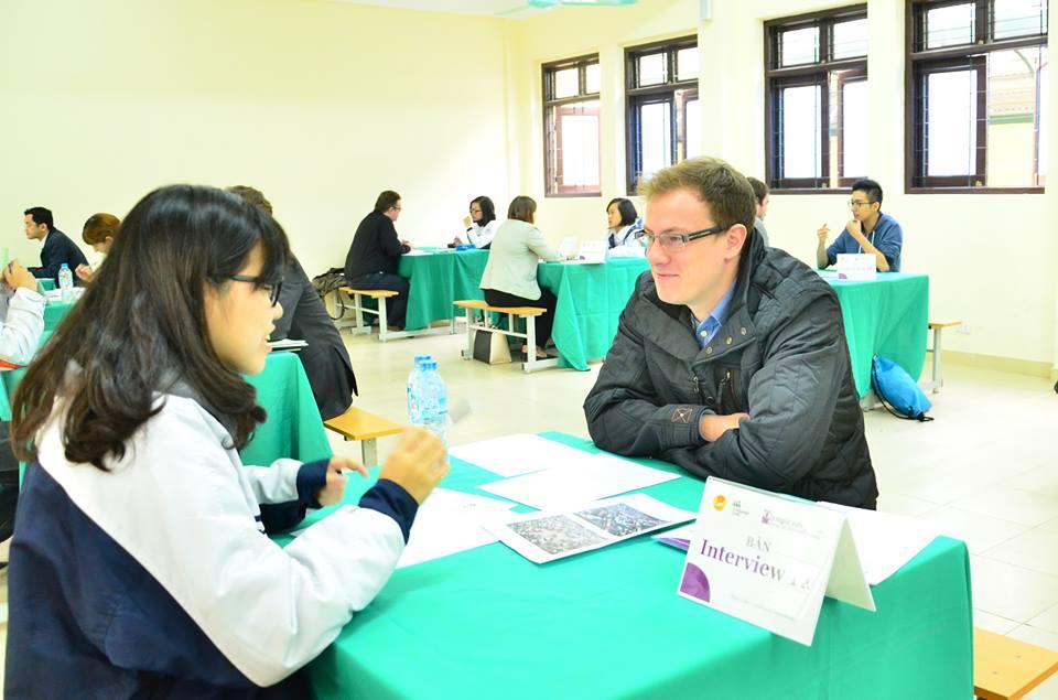 Phần thi nói với giáo viên bản ngữ của Language Link